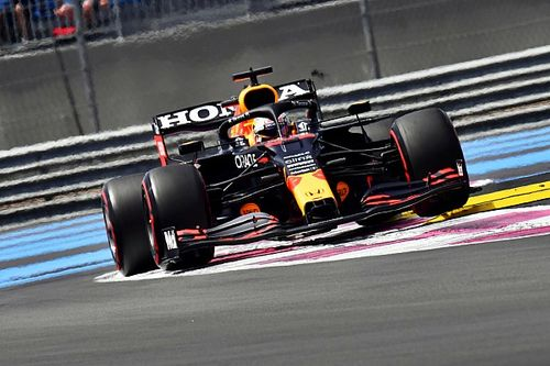 Verstappen imponeert in derde training, Hamilton geeft seconde toe