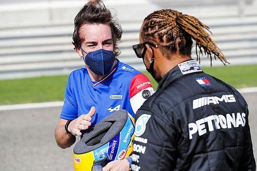 Alonso: la pole 100 de Hamilton demuestra lo bueno que es