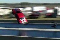 Videó: Majdnem elszállt egy Chevy Camaro gyorsulási verseny közben, de a sofőr hatalmasat mentett