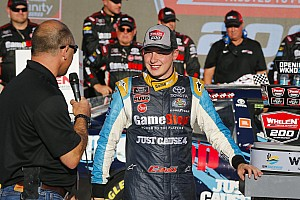 Bell consegue vitória necessária e vaga para final da Xfinity Series