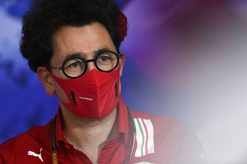 VÍDEO: Chefe da Ferrari tem carro guinchado perto de Maranello
