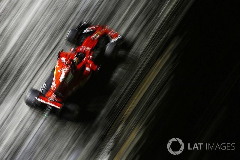 Videón Vettel domináns pole köre Szingapúrból