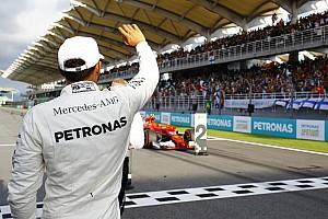 F1 Reporte de calificación Pole de Hamilton y varapalo para Vettel, que saldrá último en Sepang