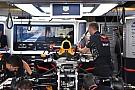 A 2018-as felfüggesztést tesztelte a Red Bull Verstappen autóján