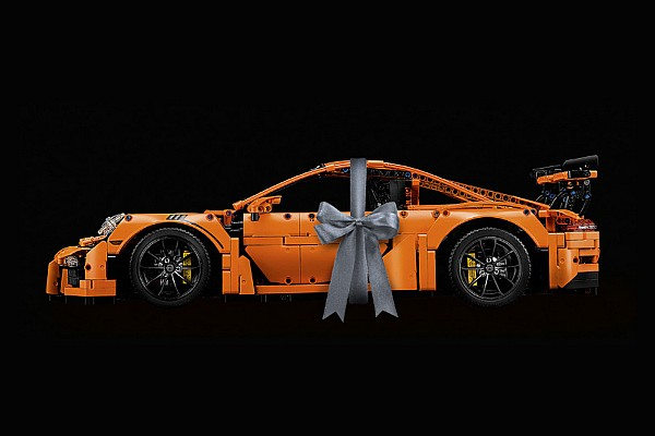 eSports Motorsport.com hírek LEGO Porsche Technic: egy brutális, könyörtelen, lenyűgöző törésteszt