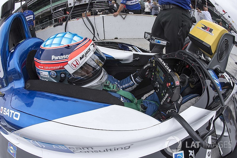 佐藤琢磨、ファスト・フライデーは24位「スピードにまだ満足できない」