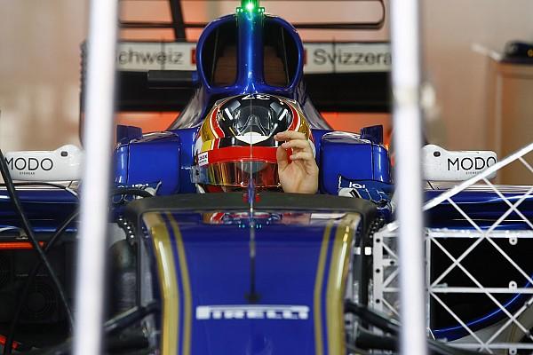 Шарль Леклер приміряв новий болід Ф1 у Sauber