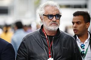 """Briatore: """"Ferrari já começou com seu livro de desculpas"""""""