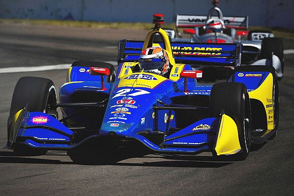 Rossi lidera el warm-up en San Petersburgo