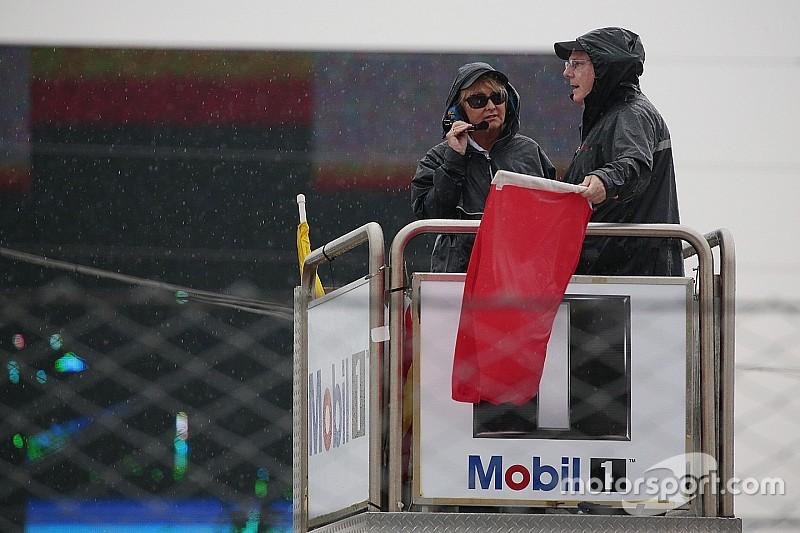 Sebring 12hr, Hour 3 – Race is red-flagged for lightning