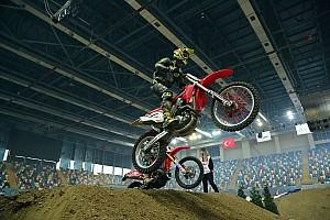 MOTOSİKLET Antrenman raporu İstanbul Supercross şampiyonası başladı