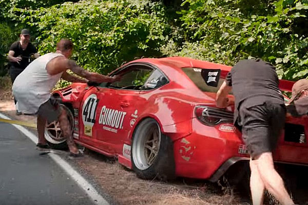 Automotive Breaking news Ferrari-powered GT4586 crashes on first shot of film shoot