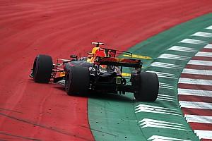 Formula 1 Breaking news Webber: Kecerobohan Verstappen buat Red Bull tertekan