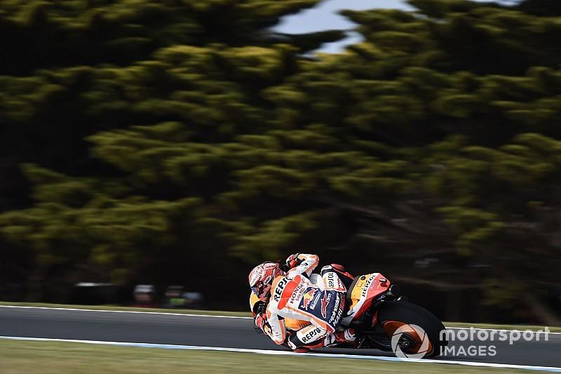 MotoGP Avustralya: Marquez, Vinales'in önünde lider