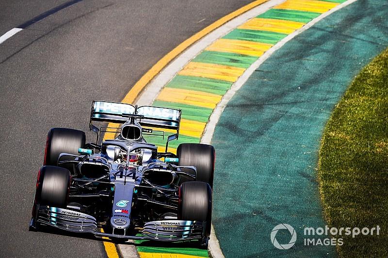Два болида Mercedes оказались быстрее всех по итогам пятницы в Мельбурне