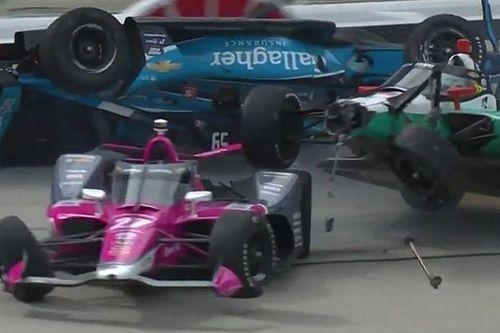 Сменщик Грожана устроил завал на гонке IndyCar. А выиграл пилот McLaren