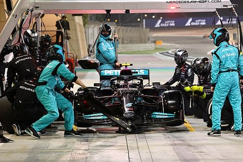 "Mercedes faces ""tricky"" decision over 2021 vs 2022 development split"