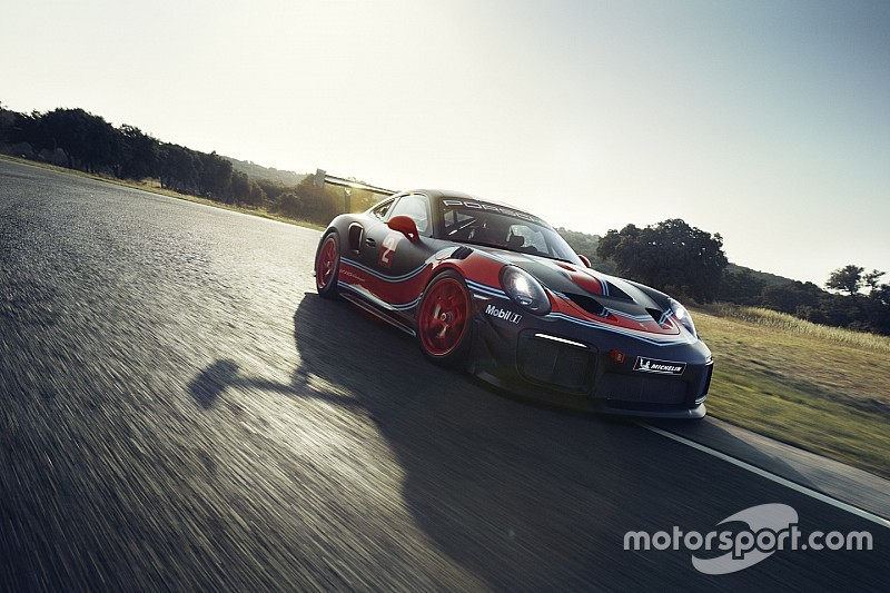 Webber set for Bathurst laps in unique 700-horsepower Porsche
