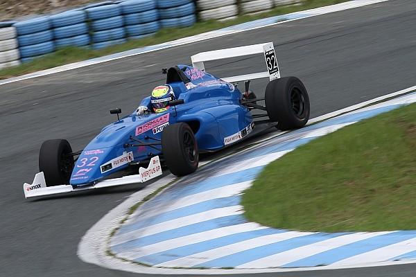 Formula 4 SEA Presley senang dengan kecepatan yang ia miliki di Clark