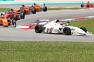 Formula 4 SEA Race report F4 SEA Sepang: Cao menang lagi di Race 2, Dana finis P8