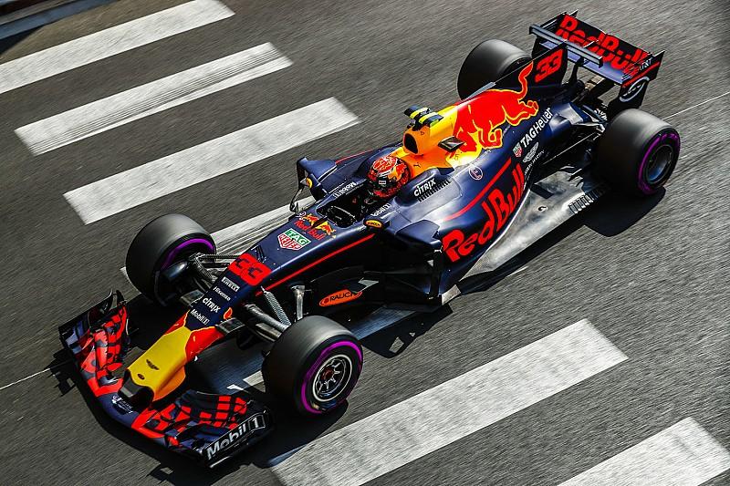 Max Verstappen Hoopt Op Magazijn Vol Formule 1 Auto S