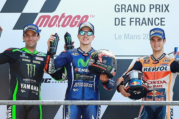 MotoGP Le Mans MotoGP: Vinales wins as Rossi crashes on final lap