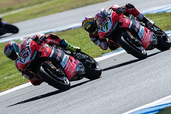 WSBK Ducati: c'è amarezza per la vittoria sfumata, ma Davies e Melandri convincono