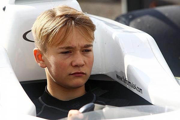 Formel 4 Formel 4: Britischer Teenager verliert beide Beine bei schwerem Unfall