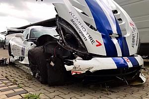 Automotive Nieuws Dodge Viper ACR rijdt Nordschleife-record voordat het crasht