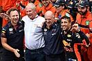 Formule 1 Ricciardo zegeviert in straten Monaco, Verstappen na knappe inhaalrace negende