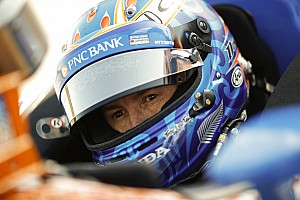 Review of Scott Dixon documentary, 'Born Racer'