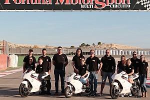 Egyéb motorverseny Motorsport.com hírek Spanyolországban folytatja a 220 Volt H-Moto Team három tehetsége
