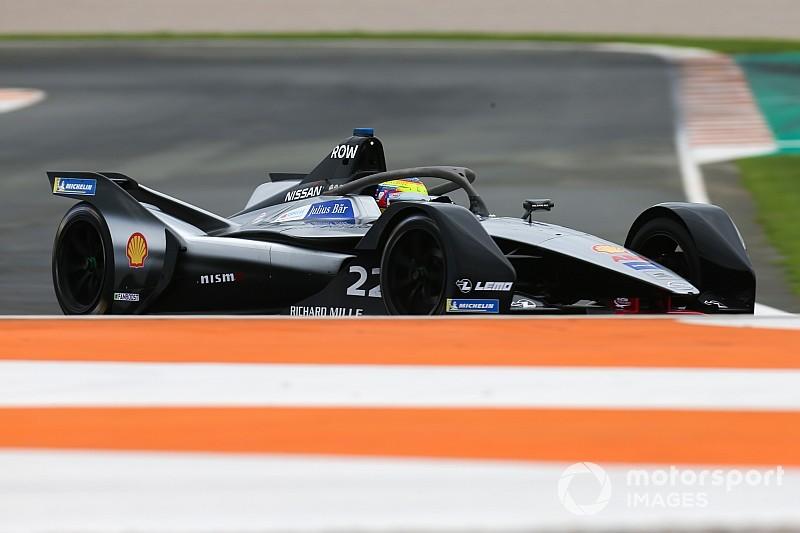 A Nissant 15-20 versenyző kereste meg, hogy beüljenek Albon helyére