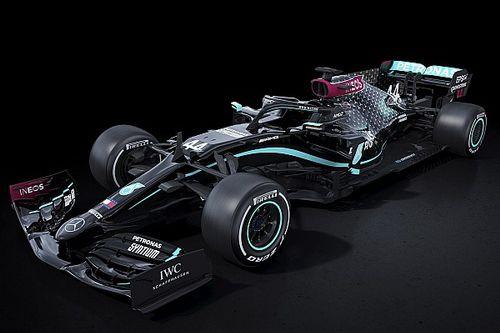 梅赛德斯以黑色涂装参加新赛季