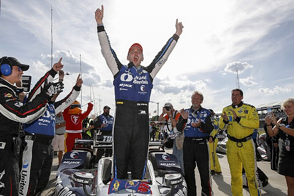 IndyCar Detroit: Rahal raih hasil dobel setelah menangi Race 2