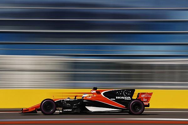 Fórmula 1 Últimas notícias Alonso diz que McLaren perde cerca de 3s nas retas de Sochi