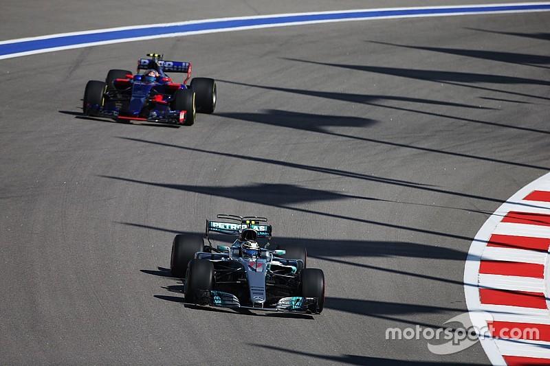 Sainz se toma a broma el análisis de los motores que hizo la FIA