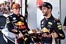 """Videón, ahogy Verstappen és Ricciardo """"balhézik"""" a sajtóteremben"""