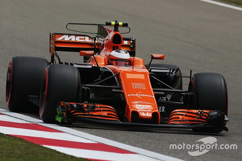 McLaren abandonne son nouvel aileron arrière pour l'instant
