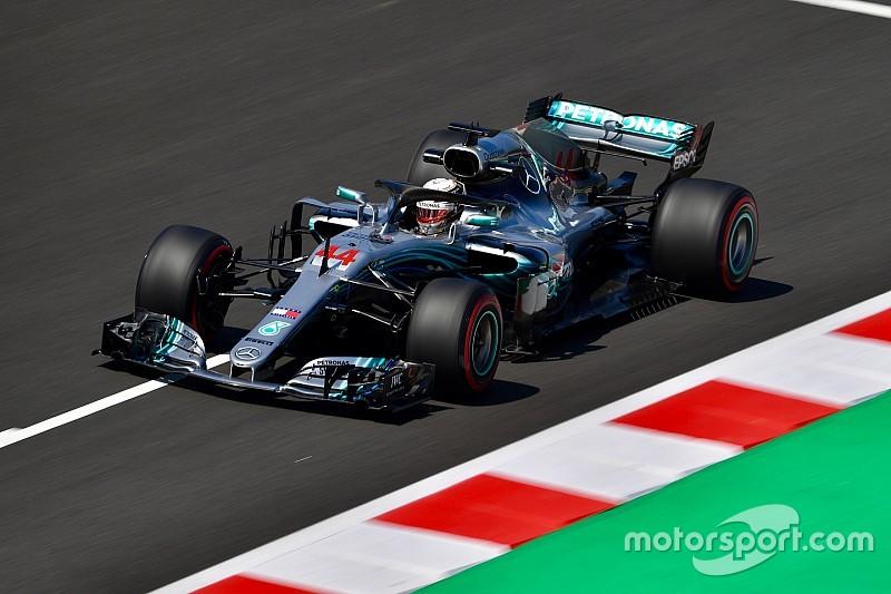 Hamilton completó un viernes dominado por Mercedes en España