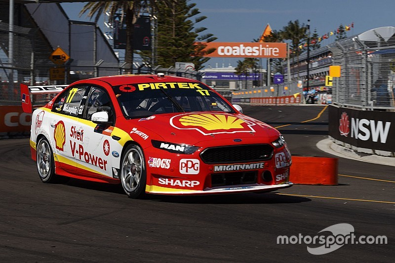 Newcastle Supercars: McLaughlin snags pole for Race 25, Whincup fifth