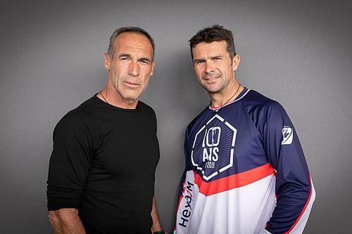 Mike Horn gemeinsam mit Cyril Despres bei der Dakar