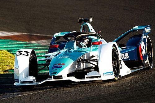A NIO kínai pilótája kihagyja az FE-szezon hátralevő részét, az Auditól kirúgott versenyző jöhet a helyére