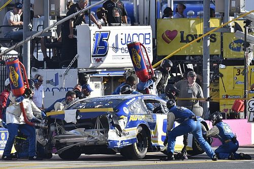 Why NASCAR's explanation of no-call on Elliott bumper falls short