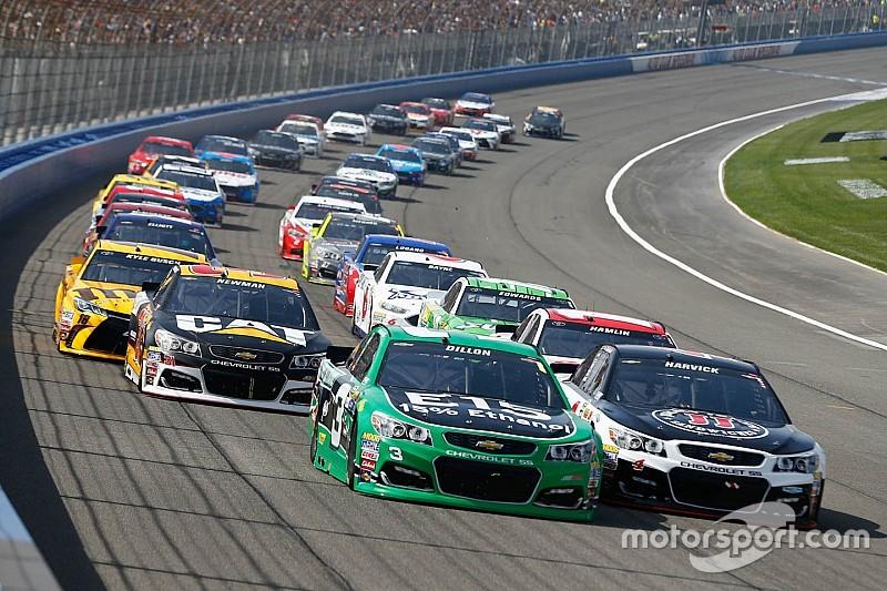 скачать игру racing