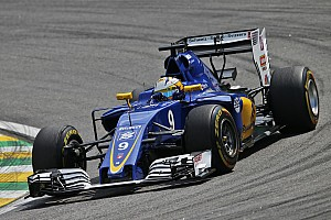 Formula 1 Breaking news Ericsson stays with Sauber for 2017 F1 season
