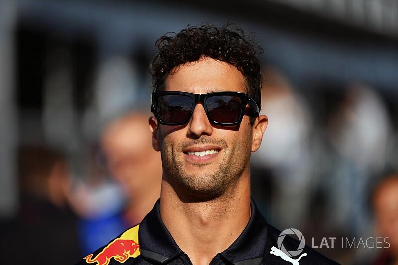 Ricciardo on verge of new Red Bull deal