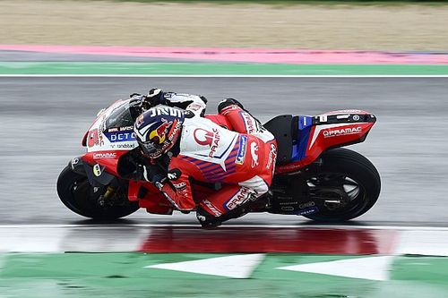 Emilia Romagna MotoGP: Zarco tops wet FP1, Quartararo 18th