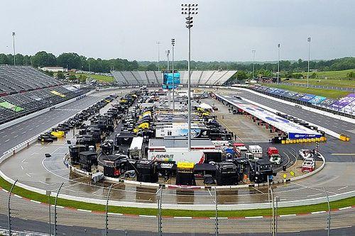 NASCAR Akan Uji Ban Basah di Trek Oval