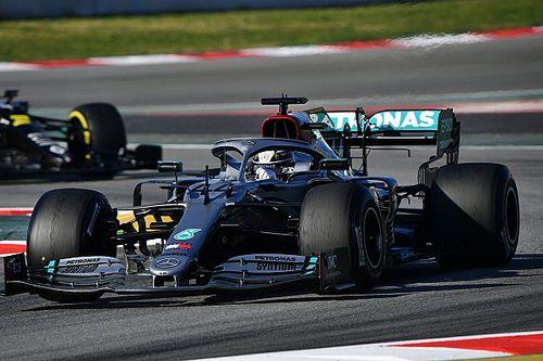 Hamilton apoyaría el regreso del plateado a Mercedes